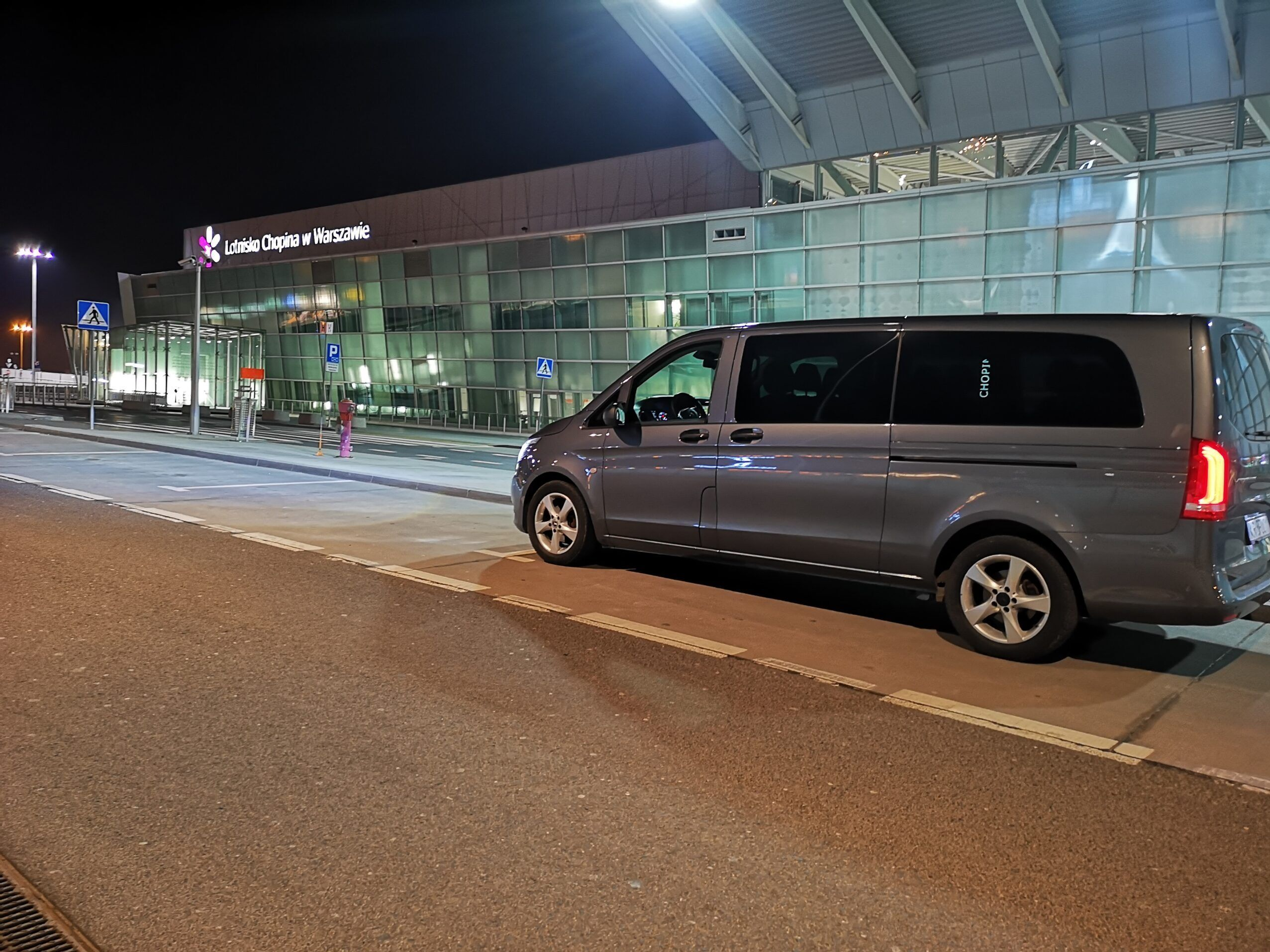 Transfers_warsaw_chopin_airport
