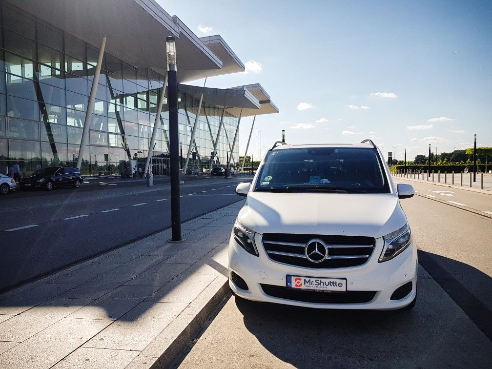Wroclaw airpot transfers